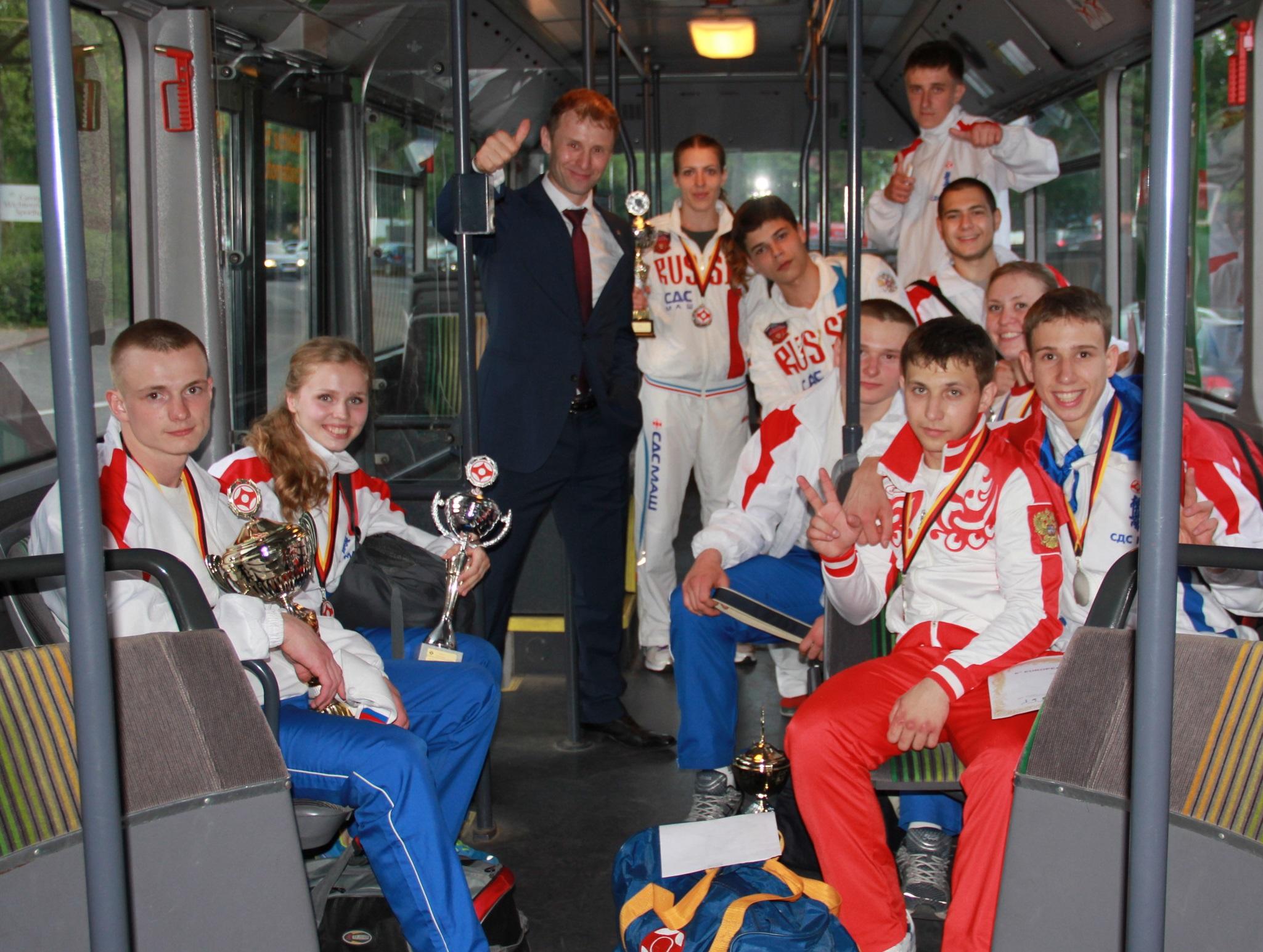evro-2013-germaniya-prizery-rubtsovskie-sportsmeny-v-sostave-sbornoj-rf-adamovich-e-krugovy-h-a-zimina-a-kartashova-t